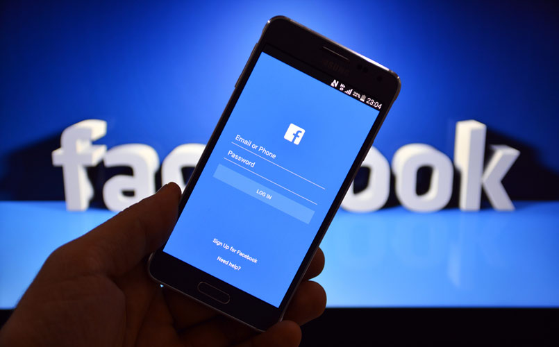 Facebook for android and IPhone