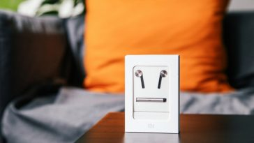 Xiaomi hybrid earphones